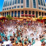 Summer Splash Las Vegas offers fans the ultimate VIP party experience